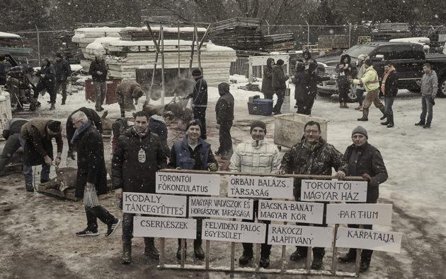 Idén is megtartották a hagyományőrző disznótort a torontói magyar közösségben